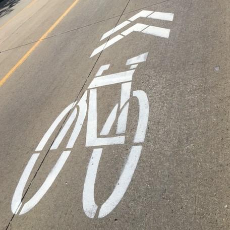 sharrow bike symbol